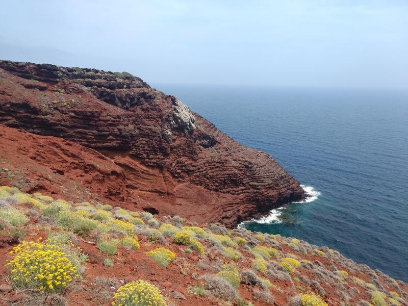 島最南端のゼノービト岬へ、カプライア島_f0234936_6334610.jpg