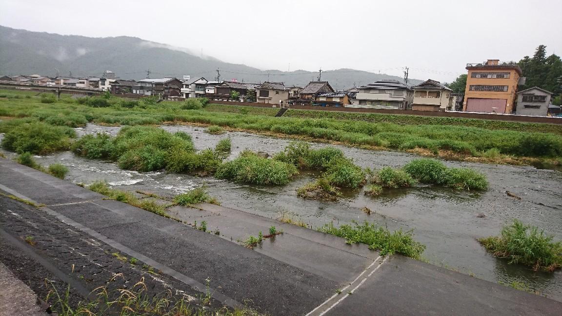 6月10日 小雨 気..._c0266737_07582148.jpg