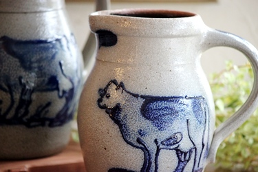 Rowe Pottery の牛のデザインのポタリー_f0161543_13515023.jpg