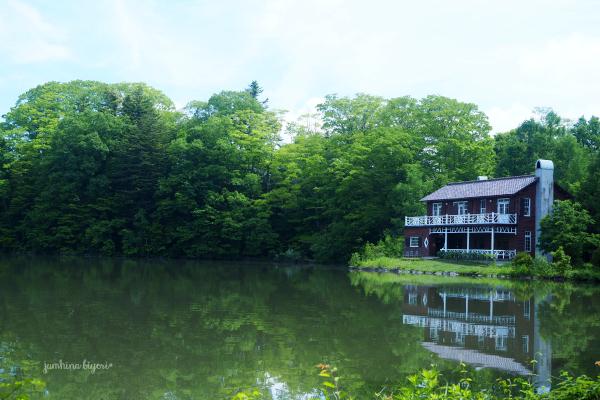 静かな湖畔で_e0268051_23235387.jpg