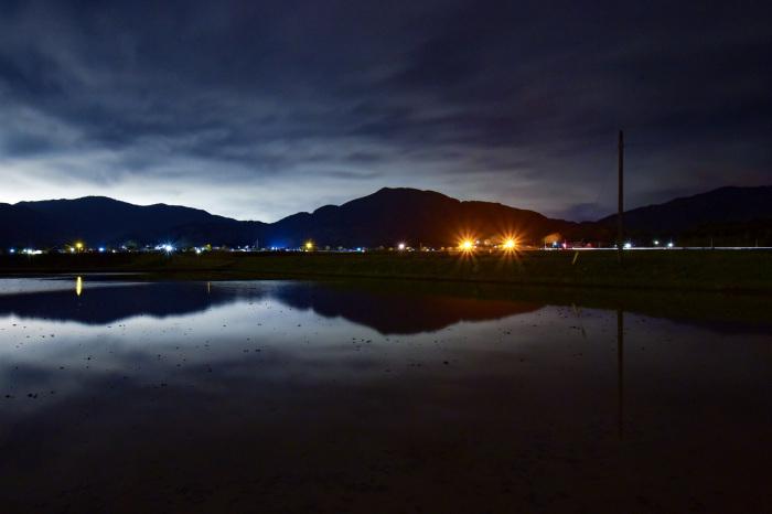 100万ドルの夜景より10円の夜景。_d0032761_07482190.jpg