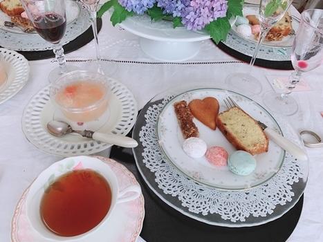 マリーアントワネット気分で。hidamari 初夏のテーブルとフランス式ティーパーティー_e0237680_11390473.jpg