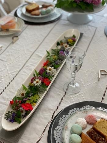 マリーアントワネット気分で。hidamari 初夏のテーブルとフランス式ティーパーティー_e0237680_11391336.jpg