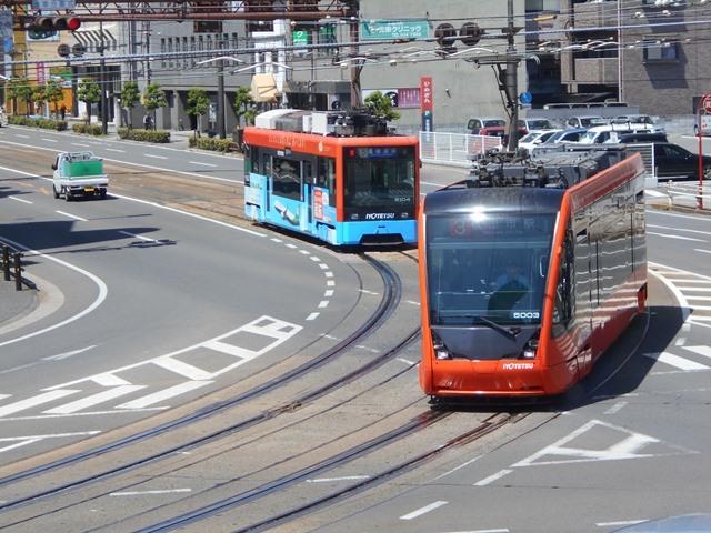 観光の町松山@松山の夜と昼、綺麗な街並み松山市・・・坊ちゃん列車と路面電車_d0181492_17463320.jpg