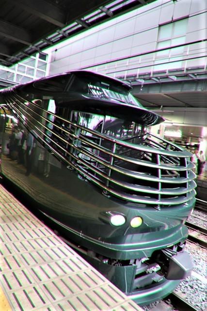 藤田八束の鉄道写真@京都駅で瑞風をお迎えしました。京都駅駅員さんと瑞風、京都駅歓迎の様子・・・トワイライトエキスプレス瑞風_d0181492_18140342.jpg