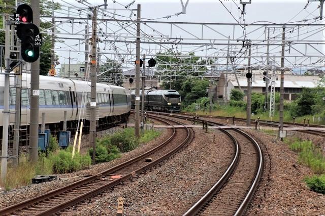 藤田八束の鉄道写真@京都駅で瑞風をお迎えしました。京都駅駅員さんと瑞風、京都駅歓迎の様子・・・トワイライトエキスプレス瑞風_d0181492_18164200.jpg