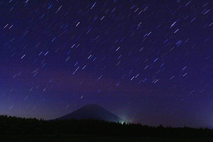 令和元年6月の富士(1)朝霧高原の星空と富士_e0344396_14364330.jpg