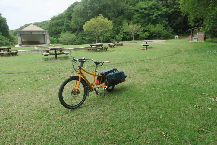 ロングテールバイクでデイキャンプ_c0132901_19273718.jpg