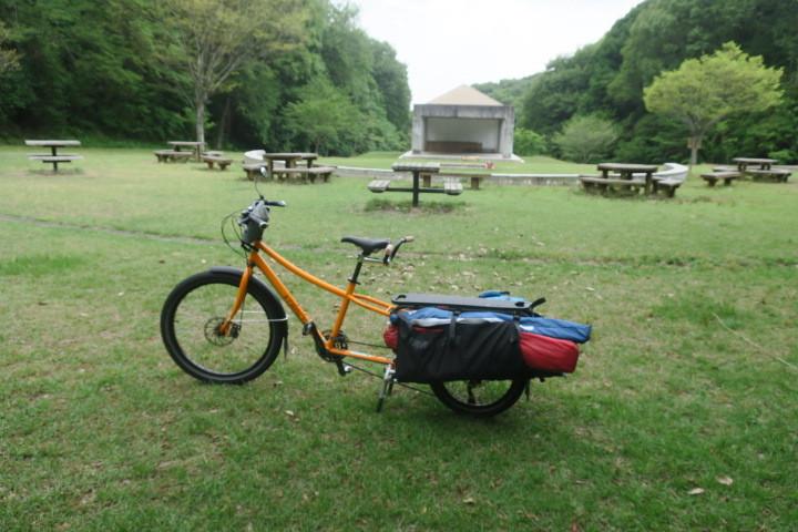ロングテールバイクでデイキャンプ_c0132901_19304624.jpg