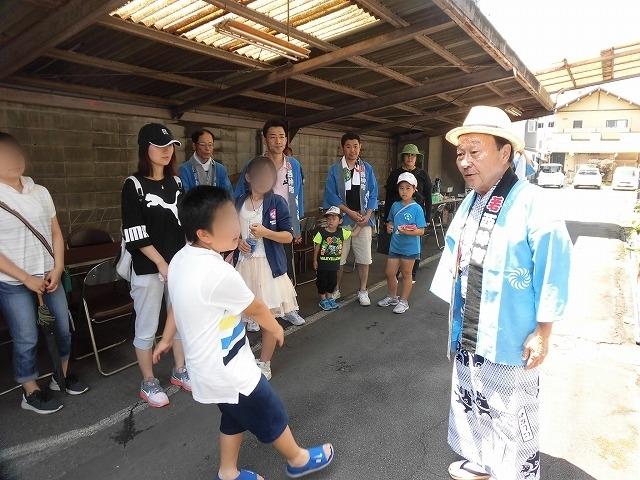 3日経った今朝も私は足腰が痛い! 吉原祇園祭で西仲町の山車の巡行_f0141310_06091595.jpg