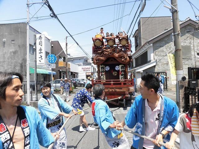 3日経った今朝も私は足腰が痛い! 吉原祇園祭で西仲町の山車の巡行_f0141310_06094657.jpg