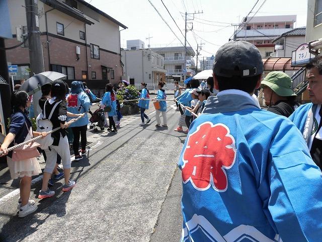 3日経った今朝も私は足腰が痛い! 吉原祇園祭で西仲町の山車の巡行_f0141310_06095370.jpg