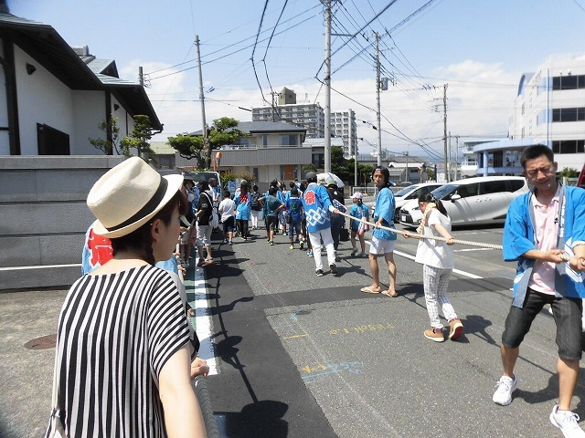 3日経った今朝も私は足腰が痛い! 吉原祇園祭で西仲町の山車の巡行_f0141310_06095977.jpg
