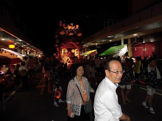3日経った今朝も私は足腰が痛い! 吉原祇園祭で西仲町の山車の巡行_f0141310_06111467.jpg