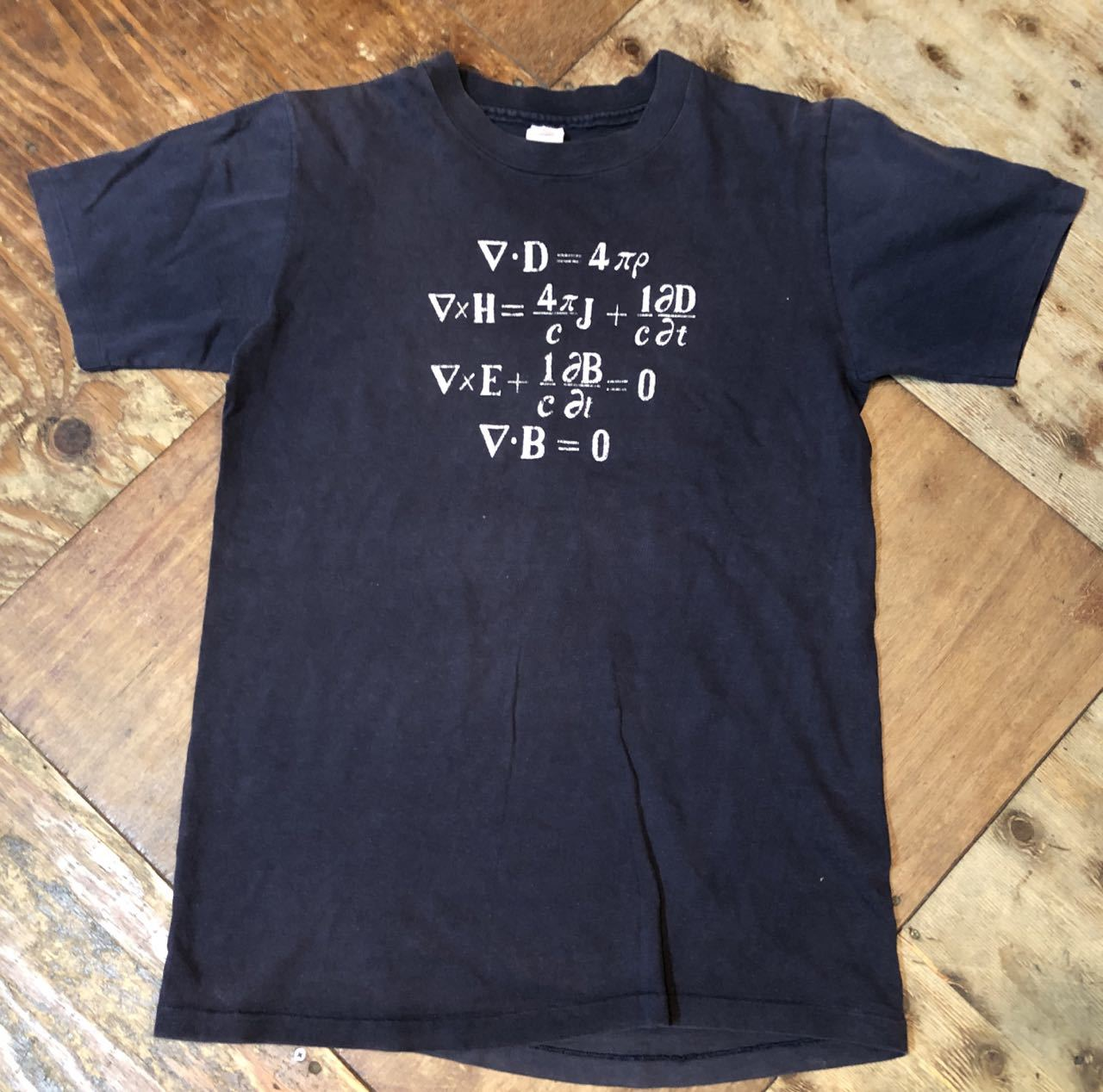 80s all cotton チャンピオン トリコタグ 数式プリント Tシャツ! _c0144020_19322550.jpg