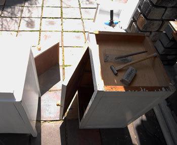 木製丸椅子をリストア_d0130640_09424232.jpg