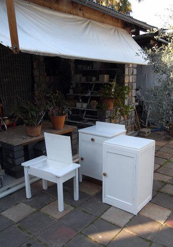 木製丸椅子をリストア_d0130640_09500345.jpg