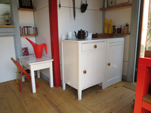 木製丸椅子をリストア_d0130640_09524380.jpg