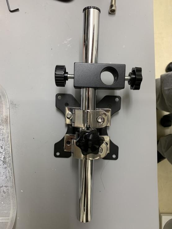 モニターアームに実体顕微鏡をつけてみる その2_b0112648_13572234.jpg