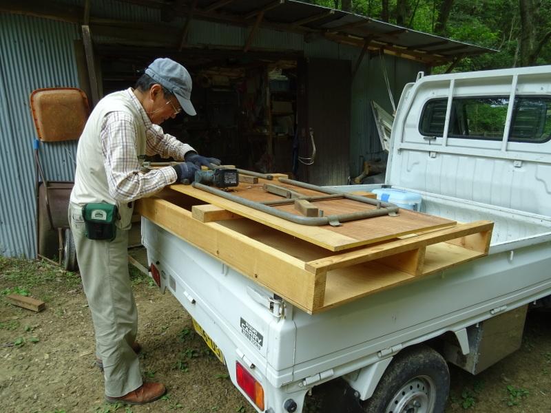 南尾根の間伐の継続作業・・・孝子の森_c0108460_18541295.jpg