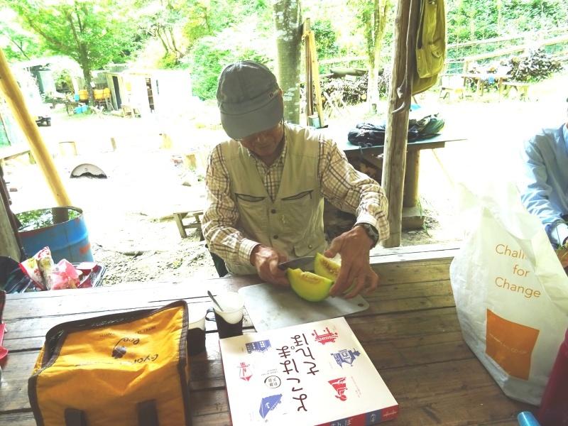 南尾根の間伐の継続作業・・・孝子の森_c0108460_18580479.jpg