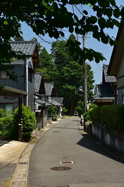 北国街道 金津から加賀温泉を行く_e0164563_13434028.jpg