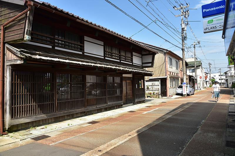 北国街道 金津から加賀温泉を行く_e0164563_13435253.jpg