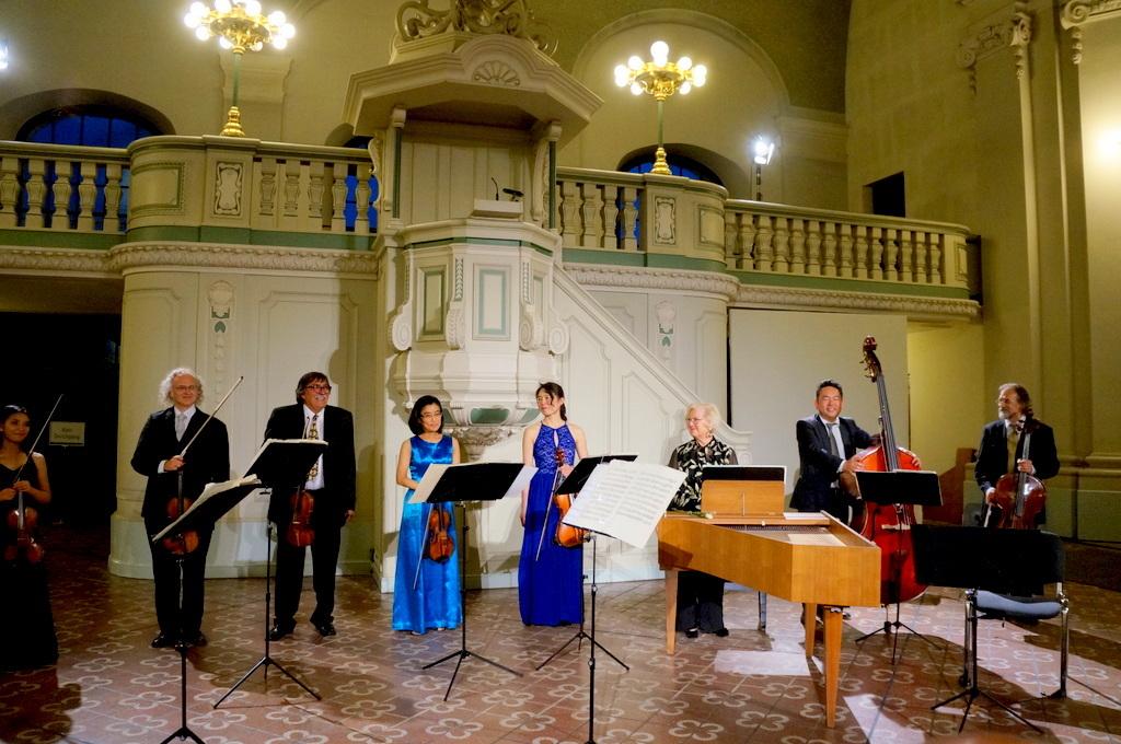 土曜日のフランス大聖堂コンサート_c0180686_02424843.jpg