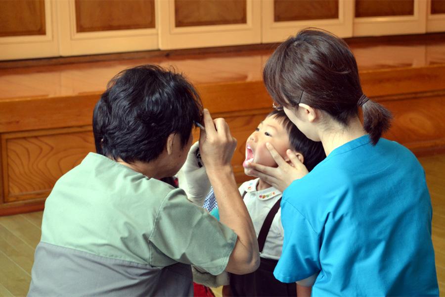 歯科検診を行いました。_d0353789_13474750.jpg