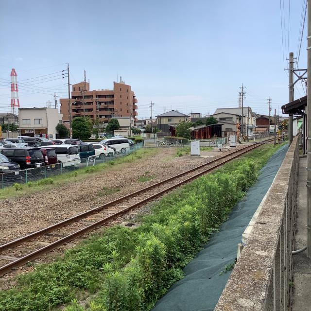 近鉄海山道駅脇の三菱化学専用線跡に思いを馳せつつ、ライブ会場へ。_a0334793_20584467.jpg