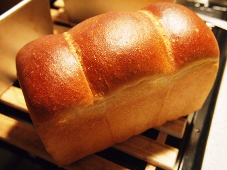 【イーストレシピ】ポーリッシュ種の食パン_e0167593_14570675.jpg