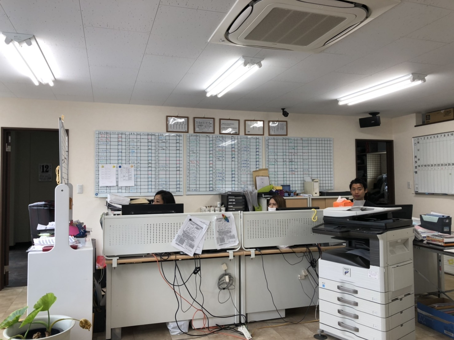 6月13日(木)本店ブログ♪ ランクル ハマー アルファード_b0127002_16015687.jpg