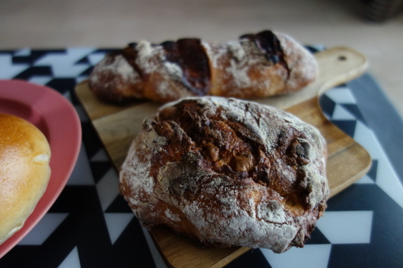 No.4のパンと初めて食べるまさもとさんのパン_e0230011_16593928.jpg