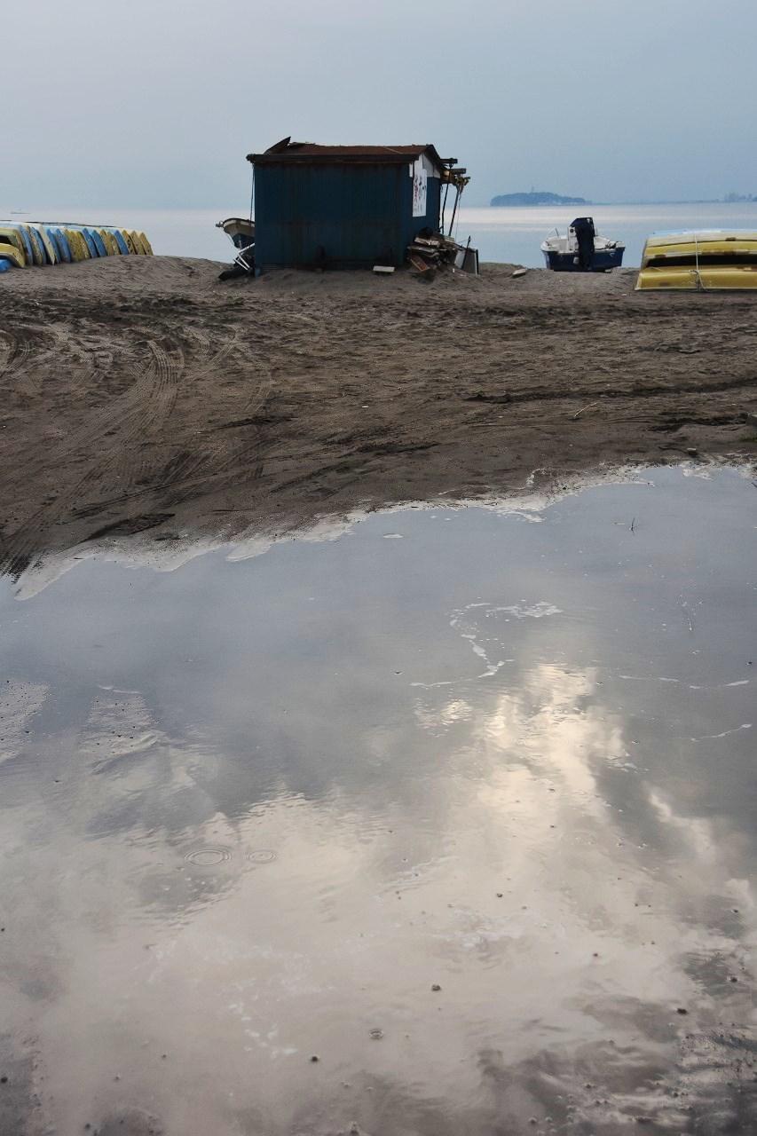 梅雨のまんなか 海辺は静かな時間_d0065116_23042824.jpg