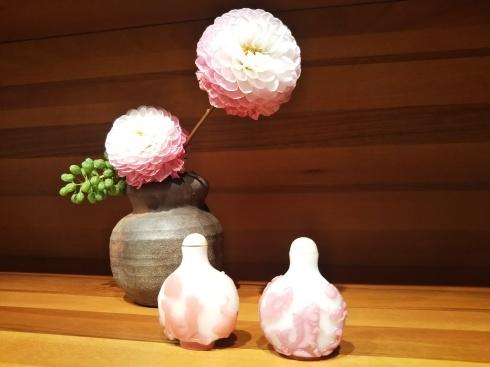 花と鼻煙壺_f0161122_16532832.jpg