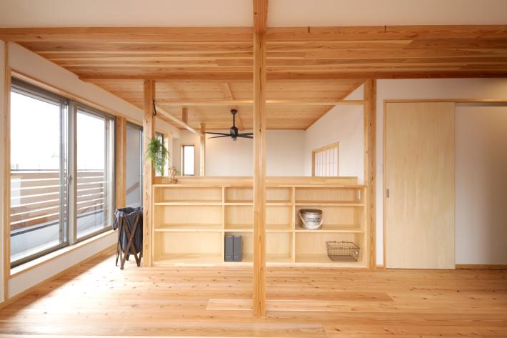 厚木市妻田の家☆「こんにちわ窓」竣工写真から_c0152341_08570668.jpg