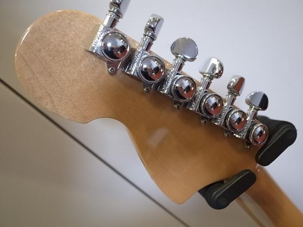 コンポーネントギター(ワ―モスボディ+USAカスタムギターズネック)ジャズマスターシェイプ_f0197703_18360055.jpg