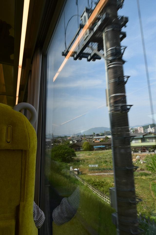 西武鉄道001系、新型特急Laview_a0110756_10453824.jpg