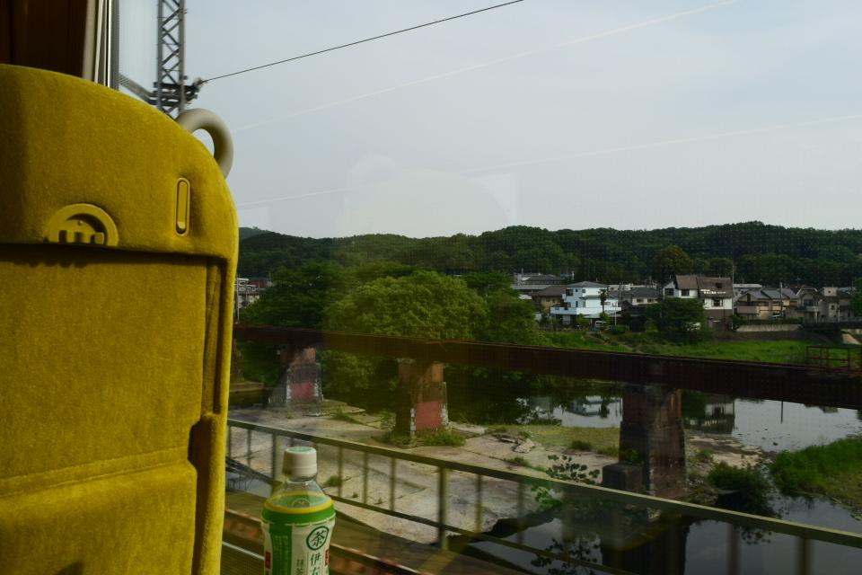西武鉄道001系、新型特急Laview_a0110756_10500406.jpg