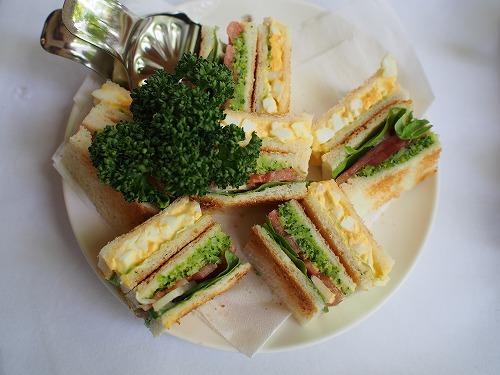 緑に囲まれて ウエスト青山ガーデンでホットケーキを_e0200073_22255726.jpg