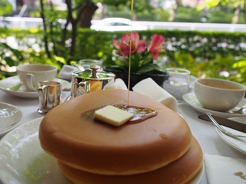 緑に囲まれて ウエスト青山ガーデンでホットケーキを_e0200073_22260992.jpg
