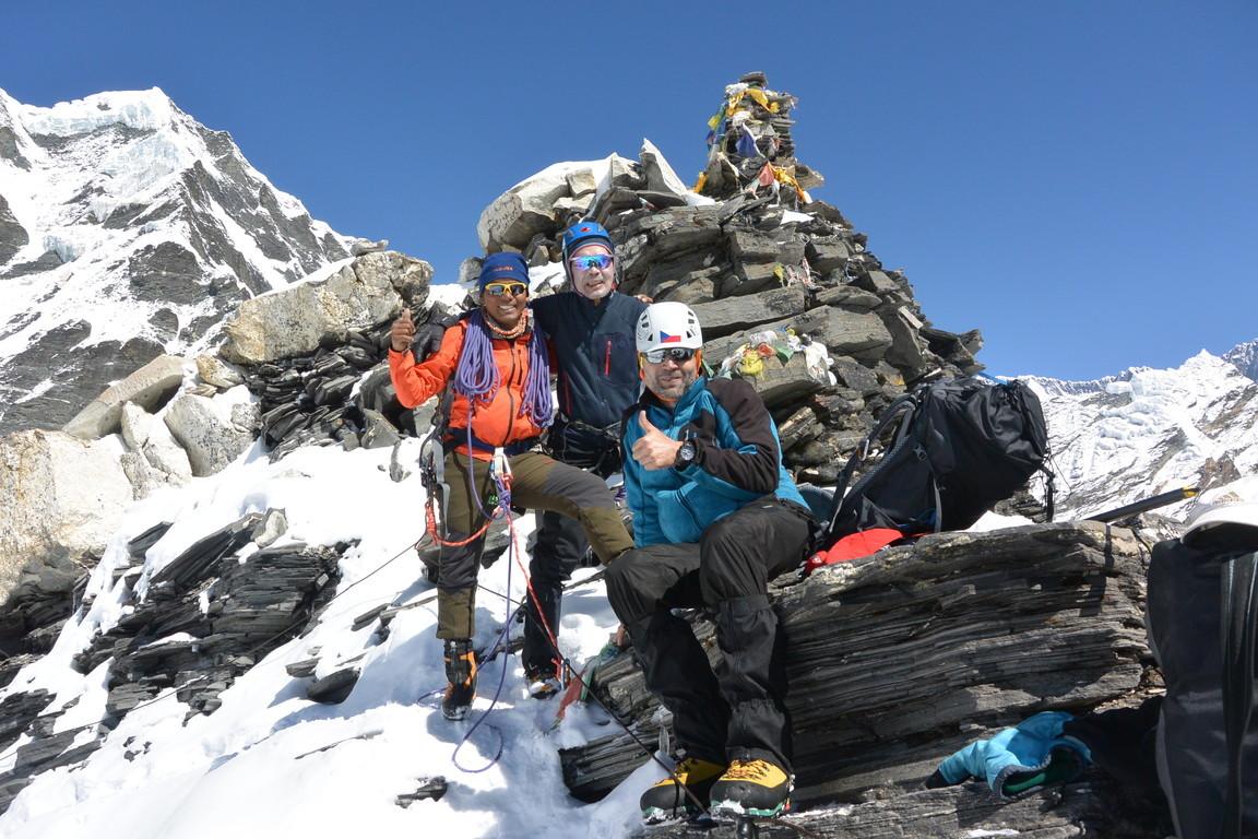 """2019年5月『ヒマラヤピークトレッキング 3 : アンプ・ラプチャ峠越え』 May 2019 \""""Himalaya Peak Trekking 3:Amphu Labcha La\""""_c0219616_17442745.jpg"""