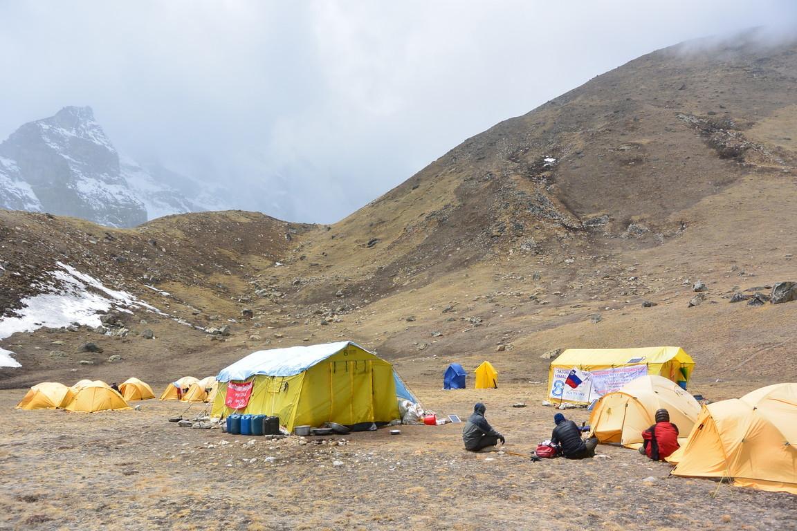 """2019年5月『ヒマラヤピークトレッキング 3 : アンプ・ラプチャ峠越え』 May 2019 \""""Himalaya Peak Trekking 3:Amphu Labcha La\""""_c0219616_17514449.jpg"""