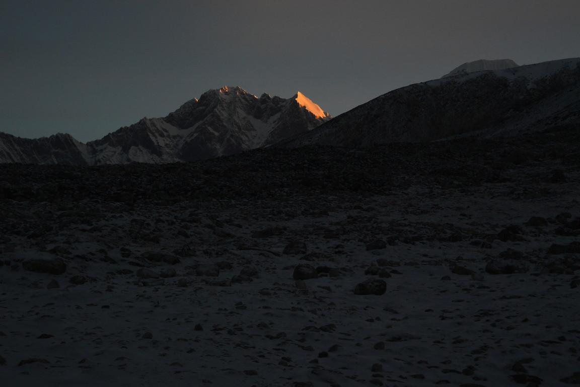 """2019年5月『ヒマラヤピークトレッキング 3 : アンプ・ラプチャ峠越え』 May 2019 \""""Himalaya Peak Trekking 3:Amphu Labcha La\""""_c0219616_17581422.jpg"""
