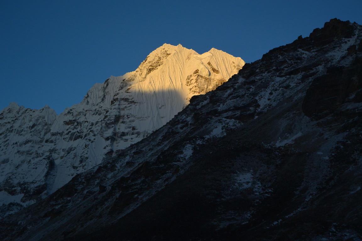 """2019年5月『ヒマラヤピークトレッキング 3 : アンプ・ラプチャ峠越え』 May 2019 \""""Himalaya Peak Trekking 3:Amphu Labcha La\""""_c0219616_17581486.jpg"""