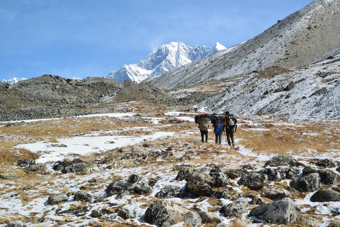 """2019年5月『ヒマラヤピークトレッキング 3 : アンプ・ラプチャ峠越え』 May 2019 \""""Himalaya Peak Trekking 3:Amphu Labcha La\""""_c0219616_18083808.jpg"""