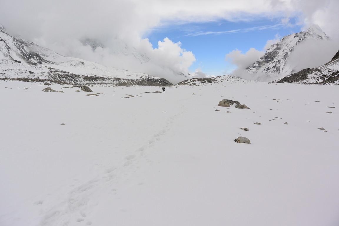"""2019年5月『ヒマラヤピークトレッキング 3 : アンプ・ラプチャ峠越え』 May 2019 \""""Himalaya Peak Trekking 3:Amphu Labcha La\""""_c0219616_18105094.jpg"""