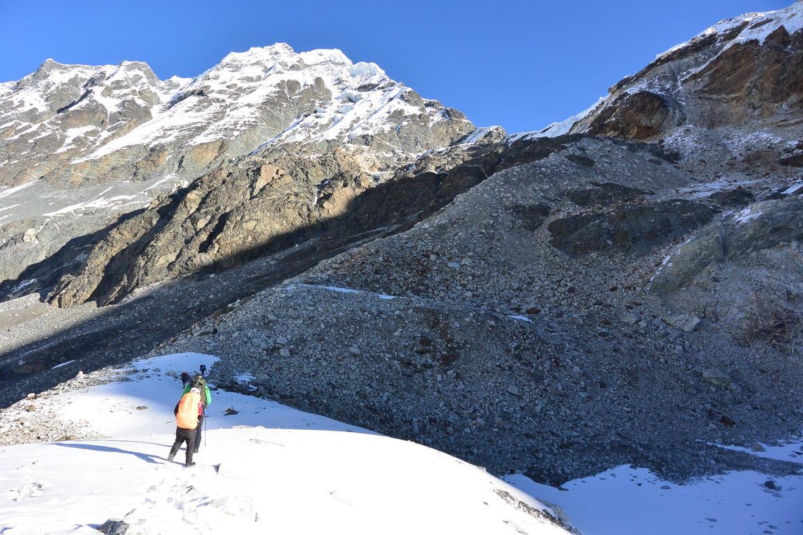 """2019年5月『ヒマラヤピークトレッキング 3 : アンプ・ラプチャ峠越え』 May 2019 \""""Himalaya Peak Trekking 3:Amphu Labcha La\""""_c0219616_18130777.jpg"""
