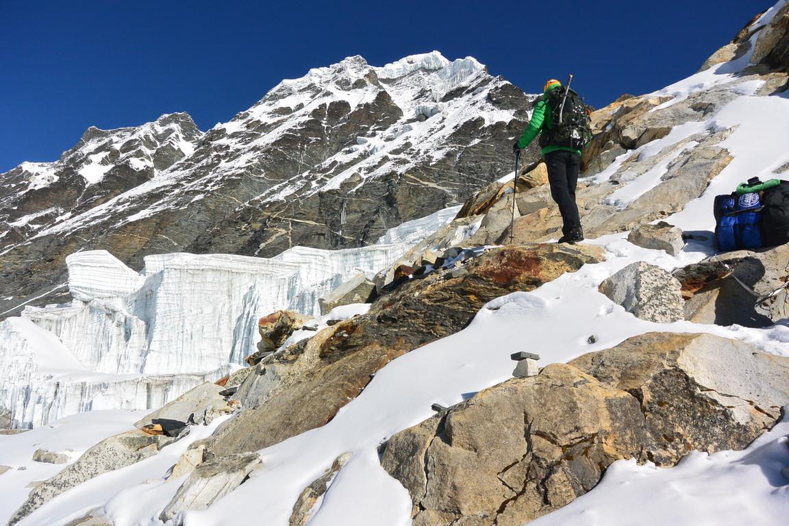 """2019年5月『ヒマラヤピークトレッキング 3 : アンプ・ラプチャ峠越え』 May 2019 \""""Himalaya Peak Trekking 3:Amphu Labcha La\""""_c0219616_18134712.jpg"""