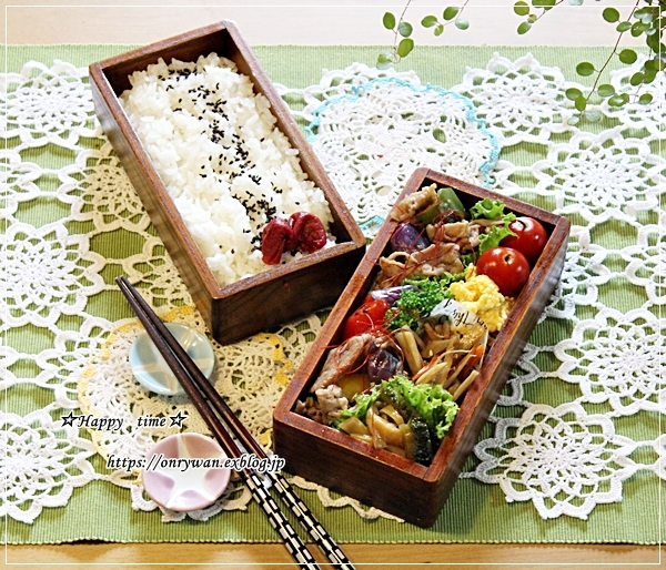 ピリ辛肉野菜炒め弁当とアジフライ♪_f0348032_18410059.jpg